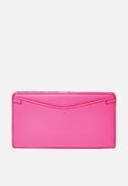 Fossil - Caroline slim leather wallet - pink