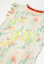 name it - Erine cap sleeve top - peach & green