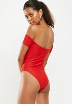 Missguided - V wire bardot swimsuit - red