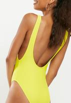 Missguided - Fat boy slim low side swimsuit - yellow