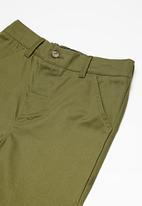 Superbalist - Casual chino pants - olive