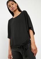 Superbalist - Cut & sew scarf top - black