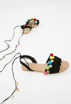 Missguided - Pom pom frill lace up flat sandal - black