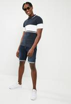 Only & Sons - Tom muscle fit colour block polo - navy