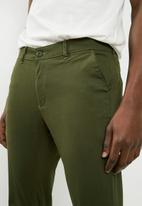 Superbalist - Slim chino - green