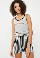 Missguided - West coast short pyjama set - grey