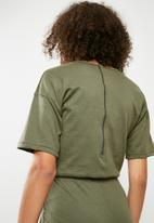 Missguided - Slouch drawstring short sleeve jumpsuit - green