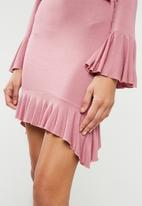 Missguided - Jersey long sleeve tea dress - pink