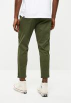 Only & Sons - Cam cropped chino pants - green