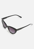 Missguided - Cateye sunglasses - black