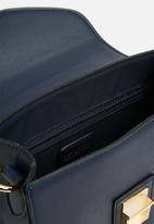 fe44e532d7d0 Ainslee cross over bag-navy Vero Moda Bags   Purses