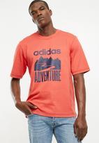 adidas Originals - Adventure tee - coral