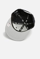 New Era - Kids snapback cap - black/grey