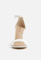 Call It Spring - Ahlberg stiletto heel - white