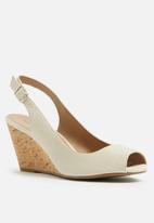 Call It Spring - Adrilavia wedge heel - beige