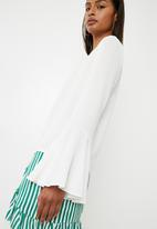 Superbalist - Blouse with flared sleeve - white