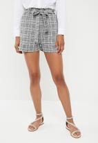 Superbalist - Knit self tie short - multi