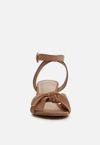 ALDO - Sicinski block heel - neutral