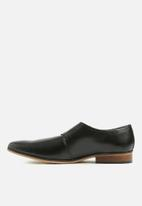Superbalist - Single leather monk strap - black
