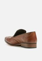 Superbalist - Brogue leather loafer - tan