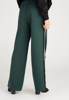 Supré  - Side stripe wide leg trackpant - deep green
