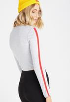 Supré  - Long sleeve fitted top - grey