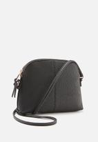 Cotton On - Billie sling bag - black & rose gold