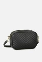 Cotton On - Cameron cross body bag - black quilted