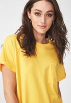 Cotton On - Boyfriend pocket tee - yellow