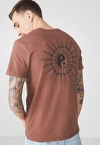 Cotton On - Tbar tee - brown
