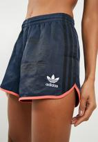 adidas Originals - AI shorts - blue & coral