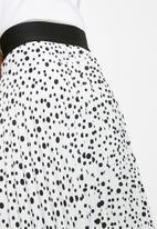 Superbalist - Pleated midi skirt - white & black