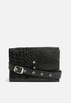 Missguided - Multi layer faux leather waist bag - black