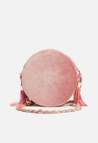 Missguided - Circle velvet tassel detail cross body bag - pink
