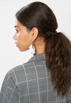 Vero Moda - Florella earstuds - blue