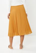 Superbalist - Pleated midi skirt  - yellow