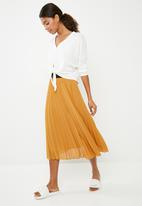 2f4f9041e99d Pleated midi skirt - mustard Superbalist Skirts | Superbalist.com