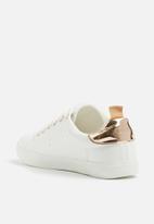 Madison® - Roxie sneaker - white & rose gold