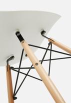 Sixth Floor - DNUBea chair