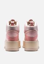 PUMA Select - Fenty boot strap - silver pink