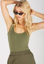 Supré  - Thick strap tank - Light Khaki
