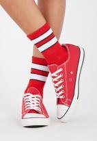 Supré  - 90s Sport crew socks - red & white