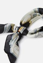 Supré  - Satin scarf - 90s black & gold chain