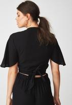Supré  - Coco tie front top - black