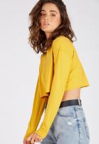 Supré  - Long sleeve super crop cuff  tee - mustard
