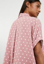 Superbalist - Drop shoulder boxy shirt - pink & white