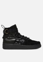 Nike - Special Field Air Force 1 Mid