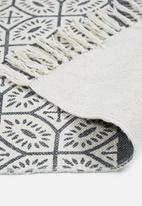 Sixth Floor - Iman printed runner - navy & white