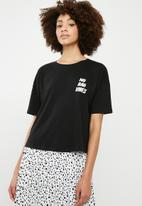 Superbalist - Drop shoulder slogan tee - black