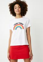 Superbalist - Scoop neck tee with graphic - white